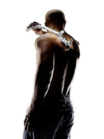 EASY-RAZE Körperhaar- und Rückenrasierer mit Arm-Verlängerung inkl. Schwamm und 3-Klingen-Schwingkopfrasierer Weiß Nassrasierer - 2